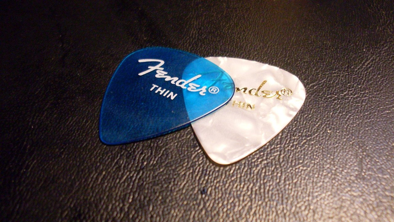 Fender 351 Thin Picks